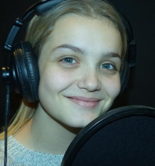 Zoe Louise Morgan