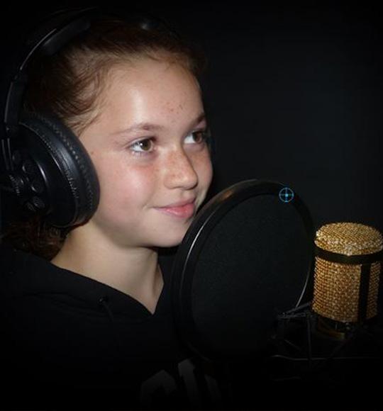 Eva Olivia